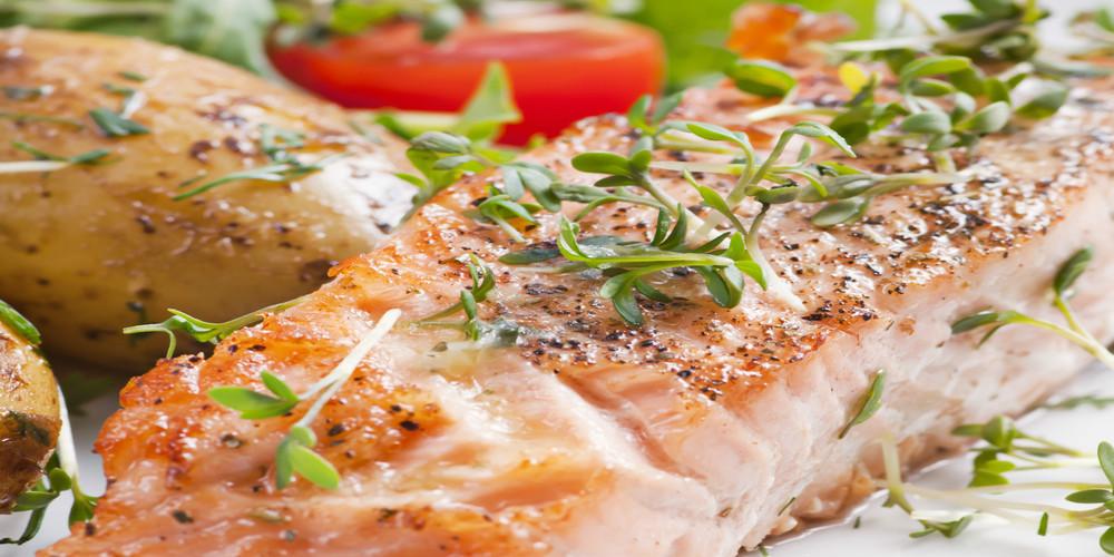 Tojás-, glutén- és laktózmentes recept: Gyömbéres grillezett lazac